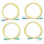 Комплект одномодовых тестовых эталонных кабелей Fluke Networks SRC-9-SCLC-KIT (2 м) для тестирования оптоволоконных кабелей LC (2 SC/LC, 2 LC/LC)